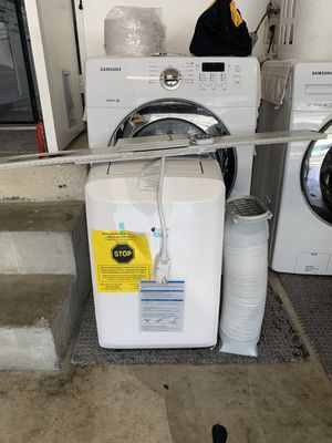 Portable air conditioner for window for Sale in Garden Grove, CA