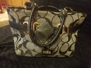Coach LIKE PURSE for Sale in Columbus, OH