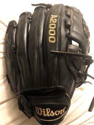 Wilson A2000 Softball Glove for Sale in Hacienda Heights, CA