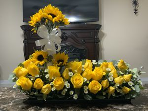 Natural Flowers Arrangement for Sale in Tampa, FL