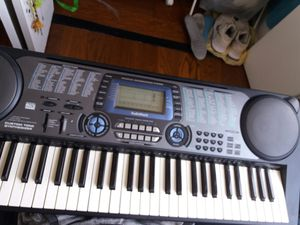 Radioschack musical keyboard for Sale in New York, NY