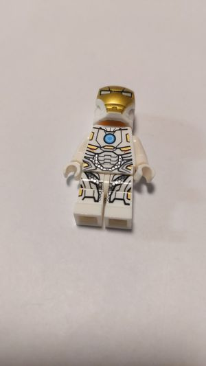 Lego avengers white Iron Man minifigure for Sale in San Jose, CA