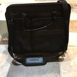 Computer Bag ( COMPAQ) for Sale in Beaverton,  OR