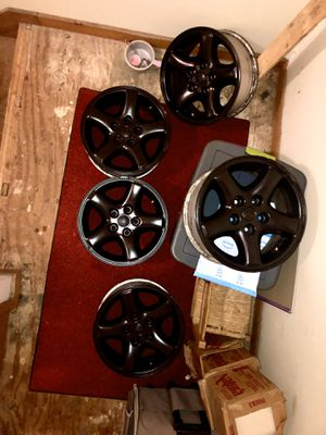 Jeep rims 8 inch wide for Sale in Webster, MA