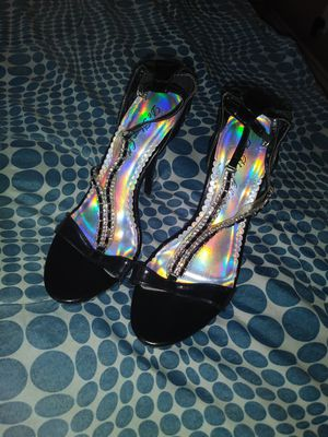 Tacones. Size. 6 1\2. for Sale in Bellflower, CA