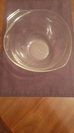 Vintage Pyrex Teardrop Mixing Bowl for Sale in Brownsville, PA