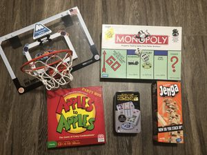 *Pending Pickup* Free Family Games for Sale in Lynnwood, WA