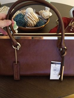 Large Clutch Wilsons Leather for Sale in Auburn,  WA