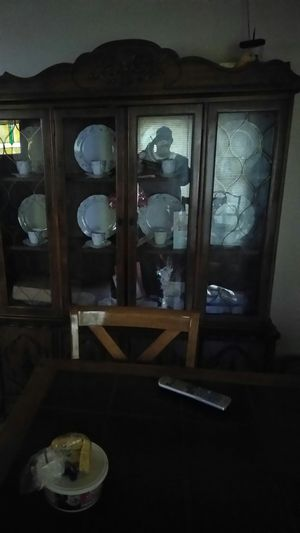 Antique China cabinet and China set for Sale in East Saint Louis, IL