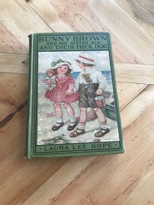 Vintage Book for Sale in Washington, IL