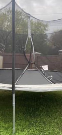 12 Foot Trampoline for Sale in Plano,  TX