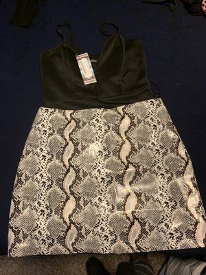 Boohoo boutique leather skirt and body suit for Sale in Houston, TX