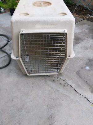 Large Dog kennel for sale for Sale in Las Vegas, NV