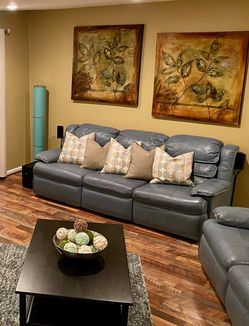 Leather Sofa and Loveseat for Sale in Crofton,  MD