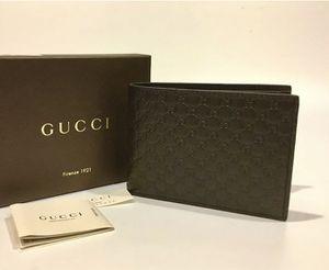 Gucci Microguccissima Men's Wallet for Sale in Modesto, CA