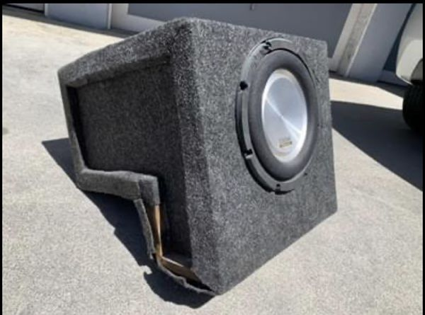 Clarion subwoofer for El Camino