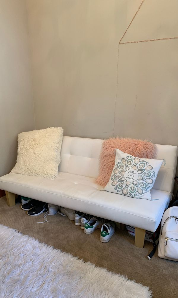 Fold out couch