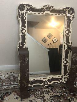 decor /Mirror for Sale in Arlington,  TX