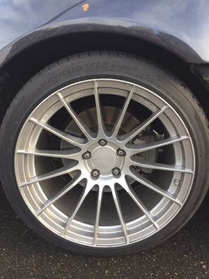 Enkei RS05RR 18x10.5 +15 5x114 for Sale in Tacoma, WA