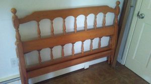 Full size bed frame complete for Sale in Wayland, MI