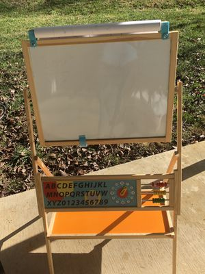 Easel dry erase, chalkboard, and paper roll for Sale in Kingsport, TN