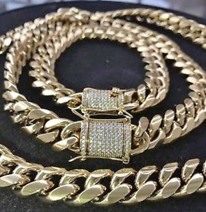 Brand New Men's 10mm (30 inch) 18K Gold Plated Lab Diamond Cuban Linked Chain&bracelet for Sale in Brooklyn, NY