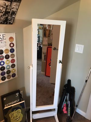 mirror jewelry box for Sale in Murfreesboro, TN