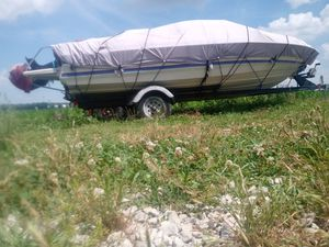Boat - Bayliner for Sale in Breese, IL