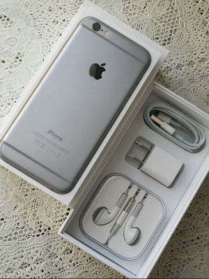 IPhone 6 , Excellent Condition, FACTORY UNLOCKED. for Sale in Fort Belvoir, VA