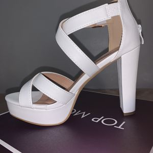 Top Moda White Platform Heels Size 8 for Sale in Chicago, IL