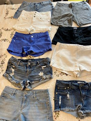 Women's or teens shorts size 6-7 for Sale in Stockton, CA