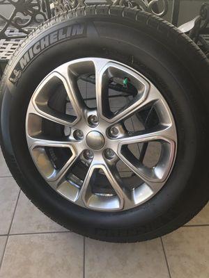 Jeep Grand Cherokee Factory Alloy Wheel & Tire for Sale in Orlando, FL