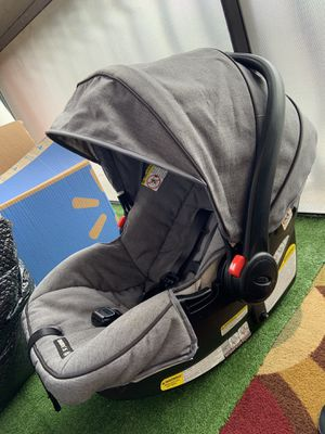 Car seat graco and support for Sale in Orlando, FL