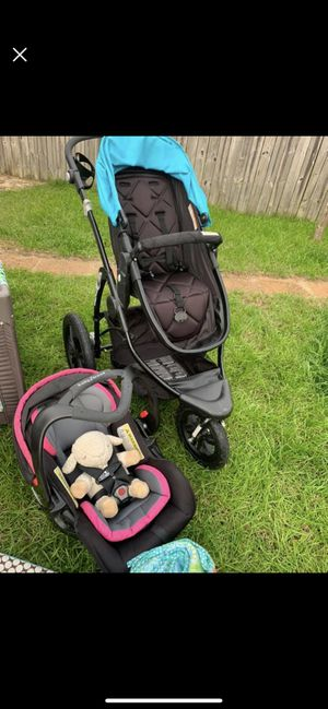 Baby trend stroller travel system for Sale in Gulf Breeze, FL
