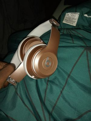 Solo beats rose gold for Sale in Washington, DC