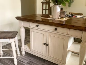 Farmhouse Dining Table & Island for Sale in Humble,  TX