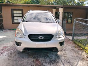 2009 KIA RONDO EX, CROSSOVER for Sale in Miami Gardens, FL