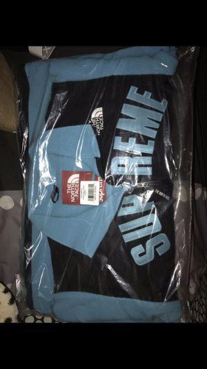 Supreme TNF fleece size large for Sale in Hammonton, NJ