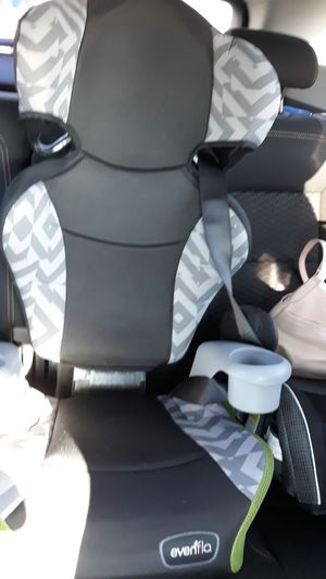 Evenflo booster seat for Sale in Toms River, NJ