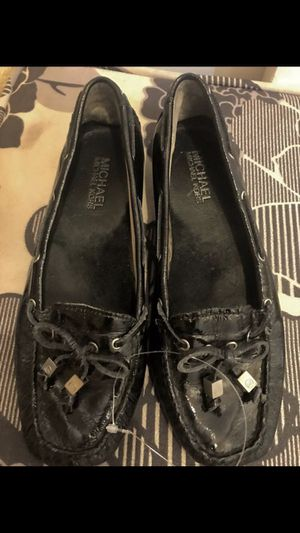 Michael kors Loafers flat shoes size 6 1/2 for Sale in Las Vegas, NV
