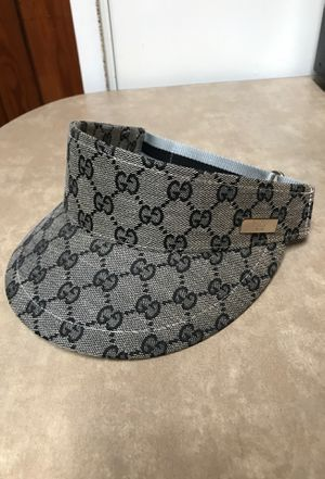 Gucci hat for Sale in Saint Petersburg, FL