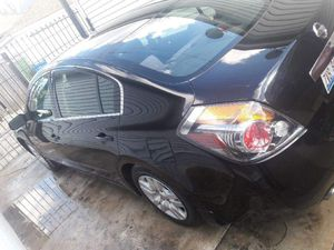 Nissan Altima 2012 96xxxmiles some fender damage 5500 obo. Honda Odyssey 2003. 127xxx miles. for Sale in Chicago, IL