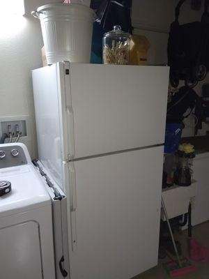 GE fridge and freezer for Sale in Rancho Santa Margarita, CA