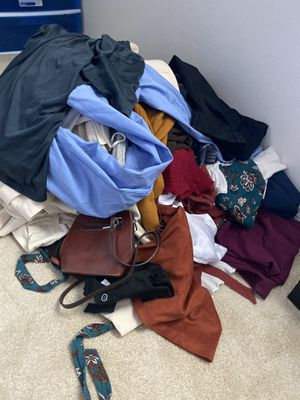 Free lot of junior/women's/men's clothing and accessories for Sale in Ontario, CA