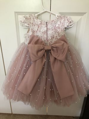 Custom made flower girl dress for Sale in Lake Forest Park, WA