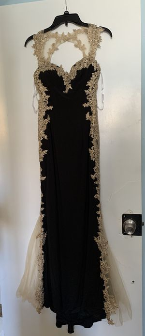 Prom dress for Sale in South San Francisco, CA