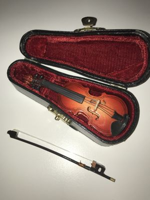 "Vintage miniature 4"" violin with bow and case for Sale in Norfolk, VA"