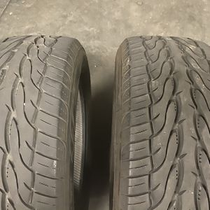Used Tires 2- 255-55-18 for Sale in Dinuba, CA