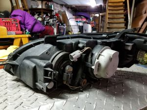 2005 Subaru legacy set of headlights with bulbs for Sale in Jersey City, NJ