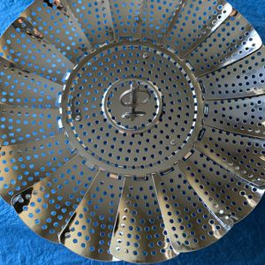 Stainless Steel Pot Steamer/ Strainer for Sale in Baxter, MN